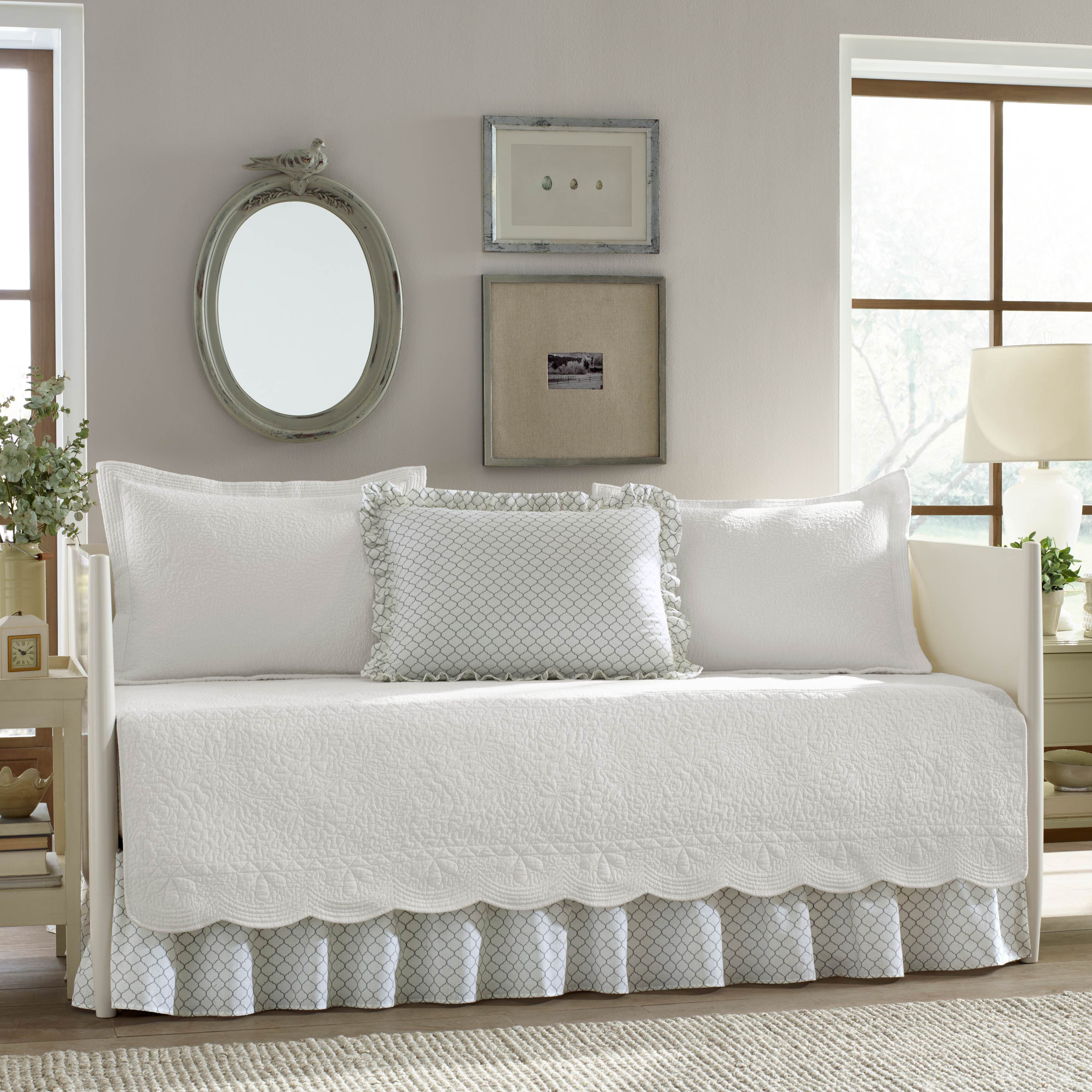 Stone Cottage Trellis White Daybed Set