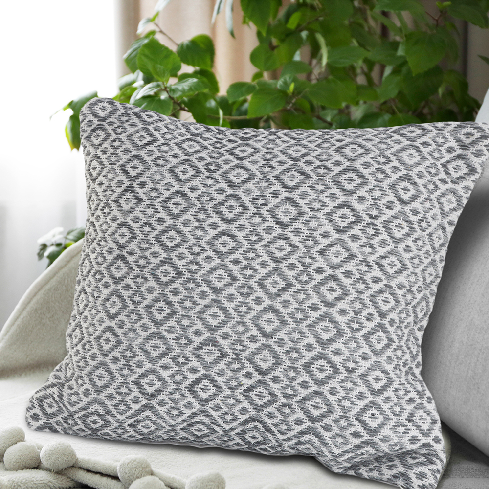 LR Home Diamond Paradise Navy / White 18 inch Standard Decorative Throw Pillow