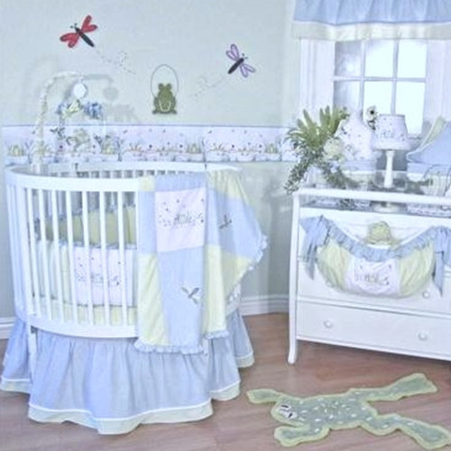 Brandee Danielle Sammy 4 Piece Round Crib Bedding Set