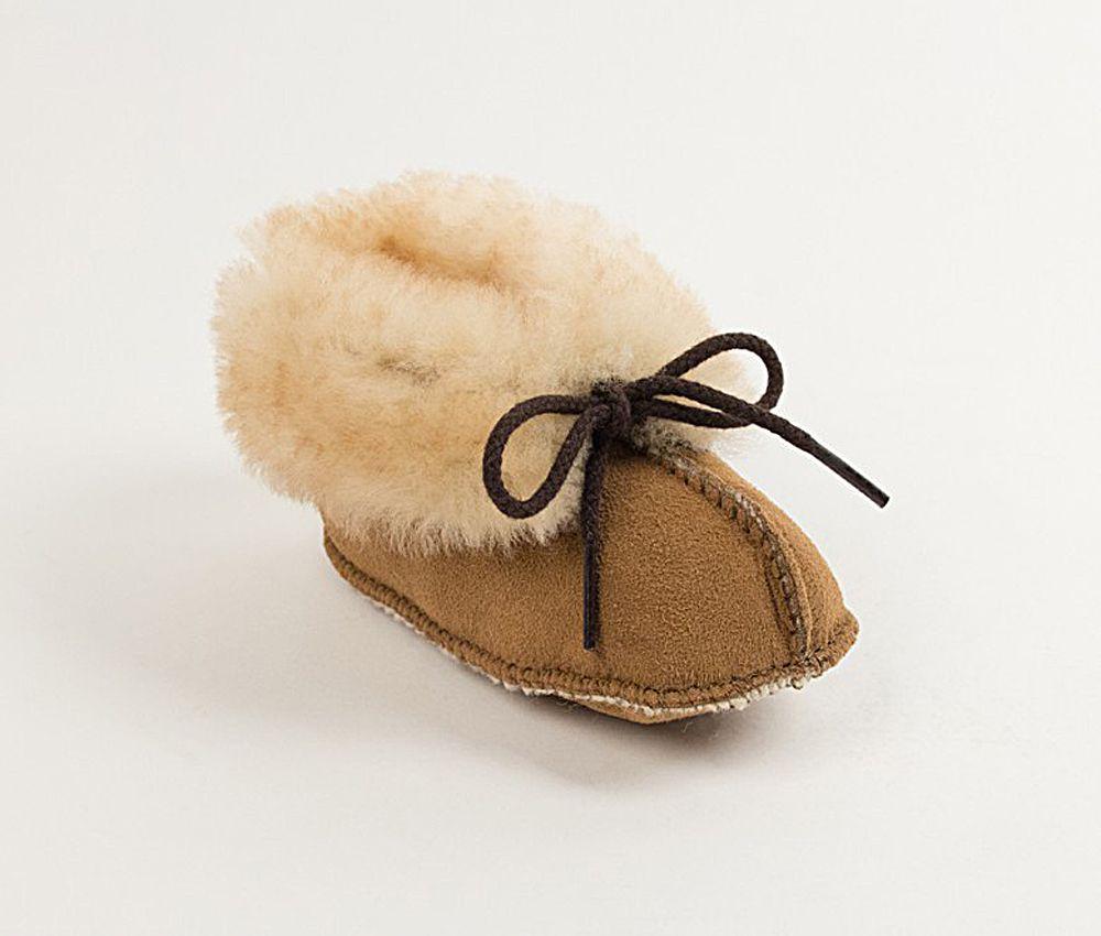 Click here to buy Minnetonka Boys Golden Tan Sheepskin Bootie by MINNETONKA.
