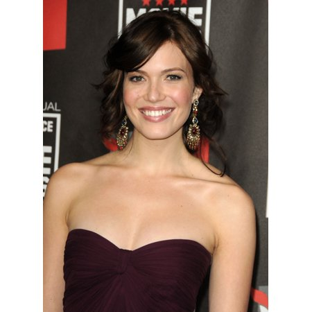 Mandy Moore At Arrivals For 16Th Annual Critics Choice Movie Awards Canvas Art     16 X 20