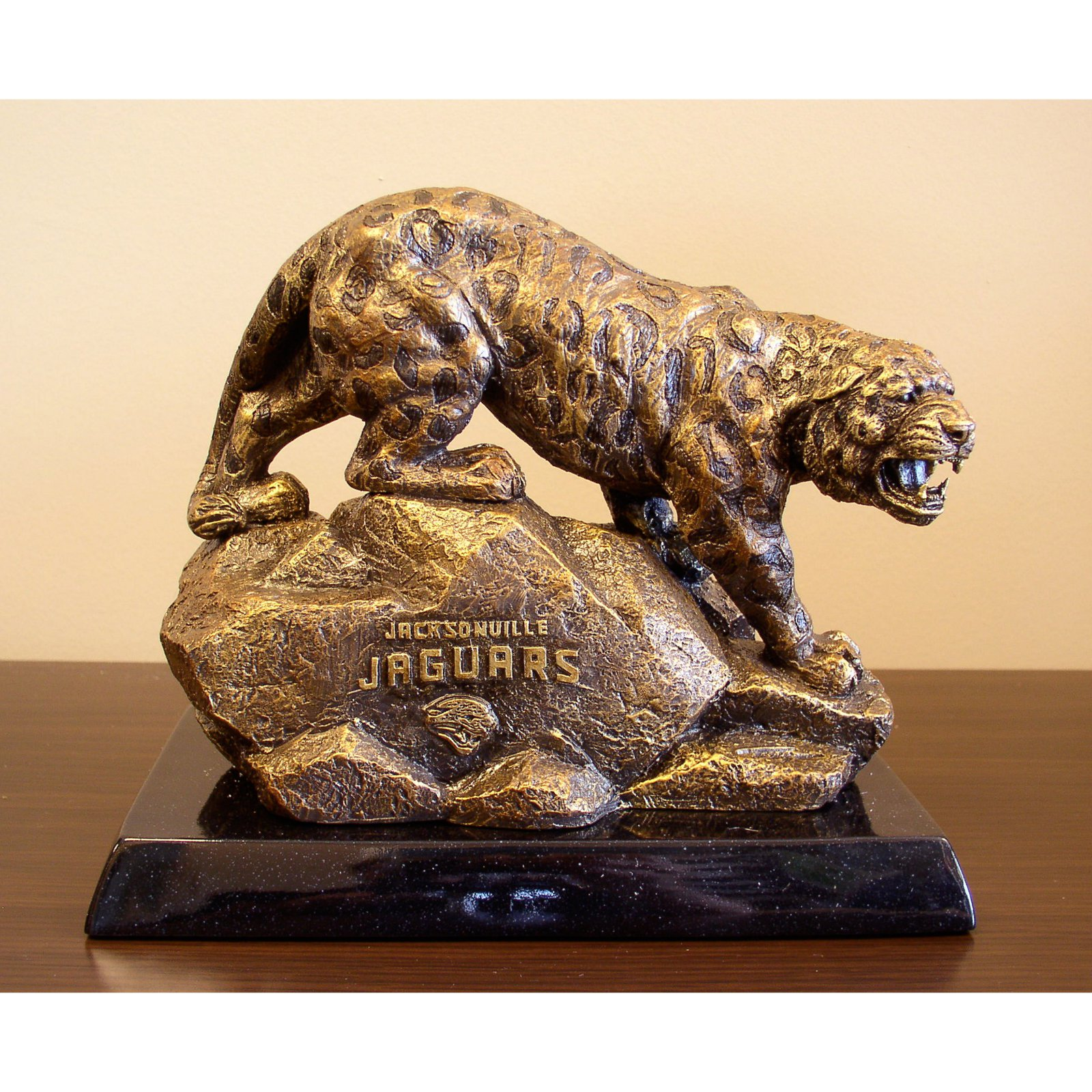 Wild Sports 8H in. Tim Wolfe NFL Mascot Sculpture - Pick Your Team