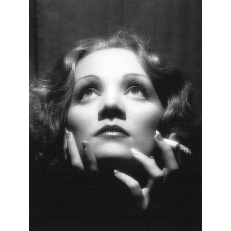 1933 Fine Art (Shanghai Express, Marlene Dietrich, Directed by Josef Von Sternberg, 1933 Movie Still Print Wall Art)