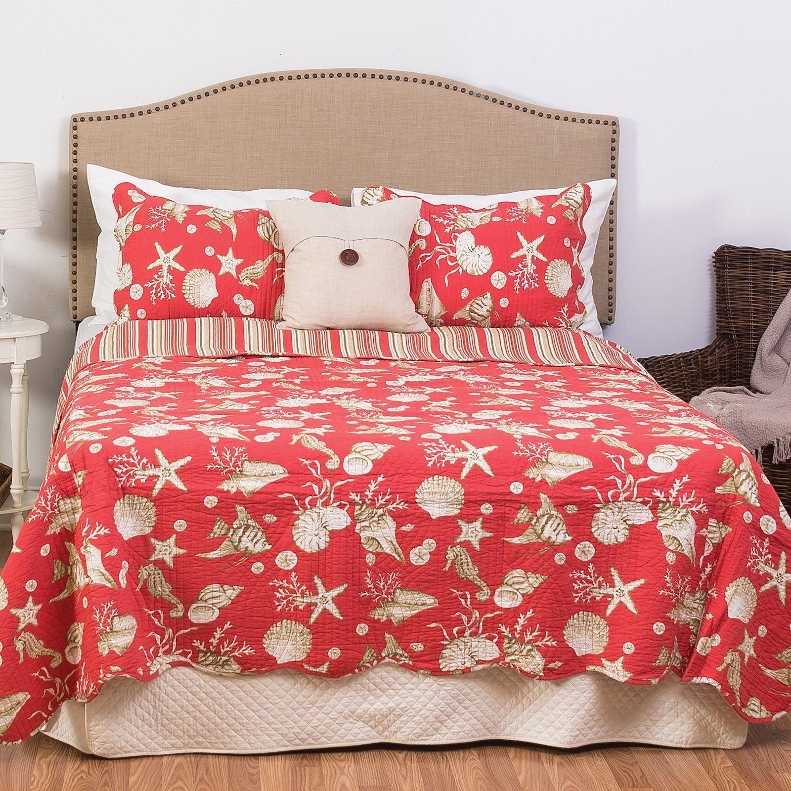 Caspian Coral Quilt Set by C&F Home