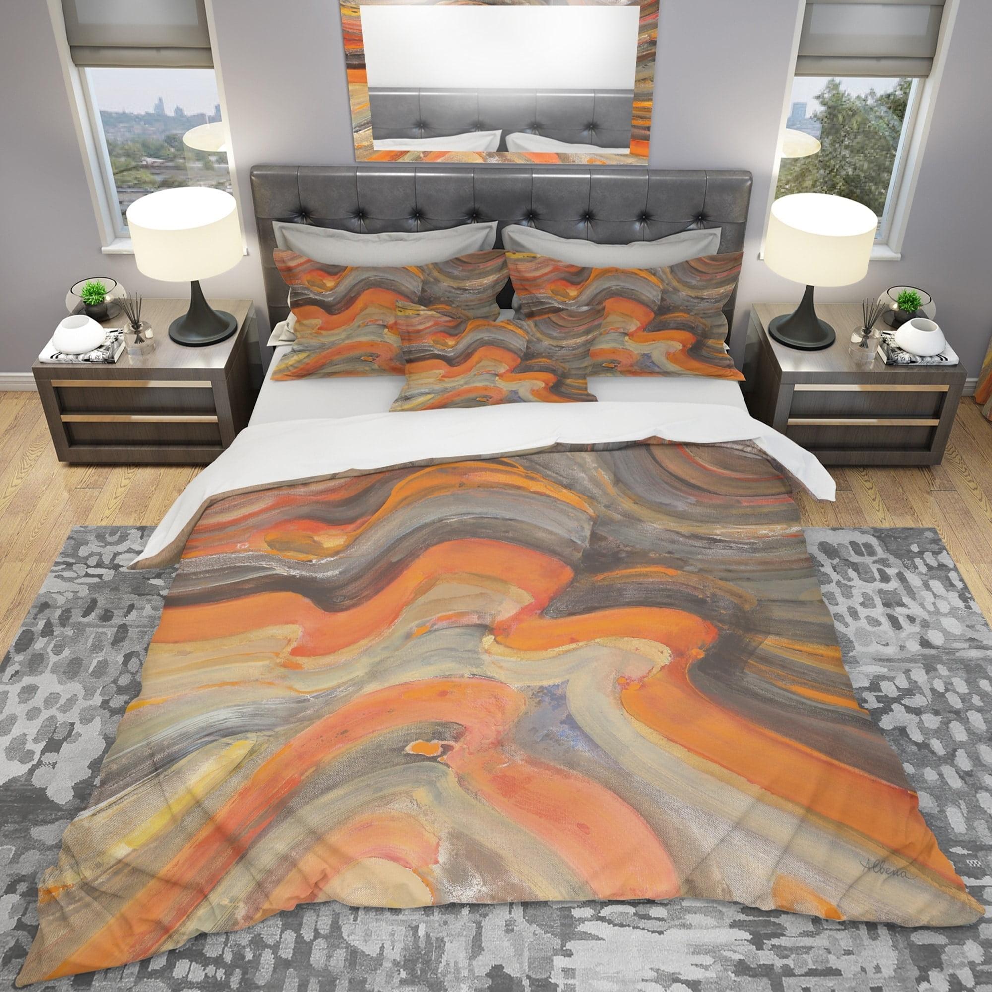 DESIGN ART Designart 'Abstract Gilded Orange Waves' Geometric Bedding Set - Duvet Cover & Shams