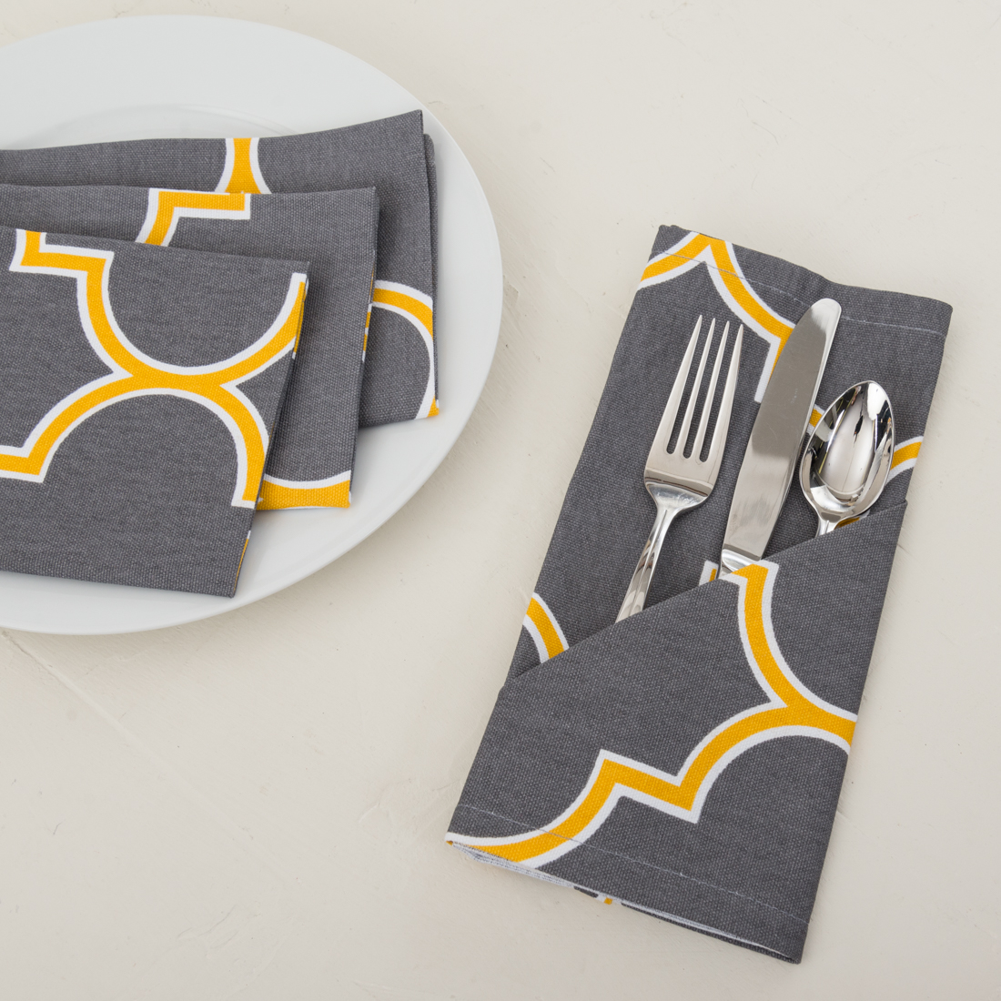 20 in. Charcoal & Mustard Yellow Trellis Cotton Napkins 4 pack by
