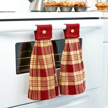 Hanging Country Kitchen Towels ()