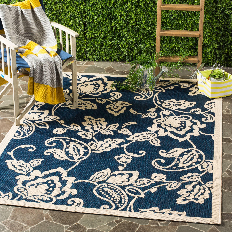 Safavieh Martha Stewart Highland Lily Outdoor Floral Area Rug by Safavieh