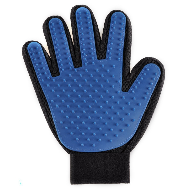 Glove used to groom dogs