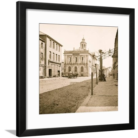 Charleston, South Carolina. Post office, East Bay Street, the only Palmetto tree in the city Framed Print Wall (Best Jobs On Bay Street)