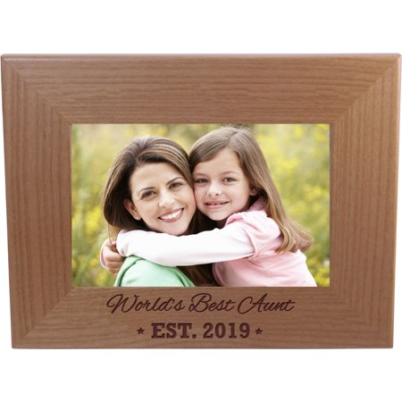 World's Best Aunt EST. 2019 4-inch x 6-Inch Wood Picture