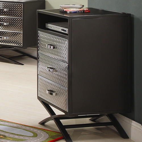 Woodhaven Hill Spaced Out 3 Drawer Chest