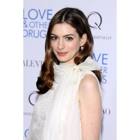 Anne Hathaway At Arrivals For Love And Other Drugs Premiere Directors Guild Of America Theater New York Ny November 16 2010 Photo By Rob KimEverett Collection (Love Culture New Arrivals)