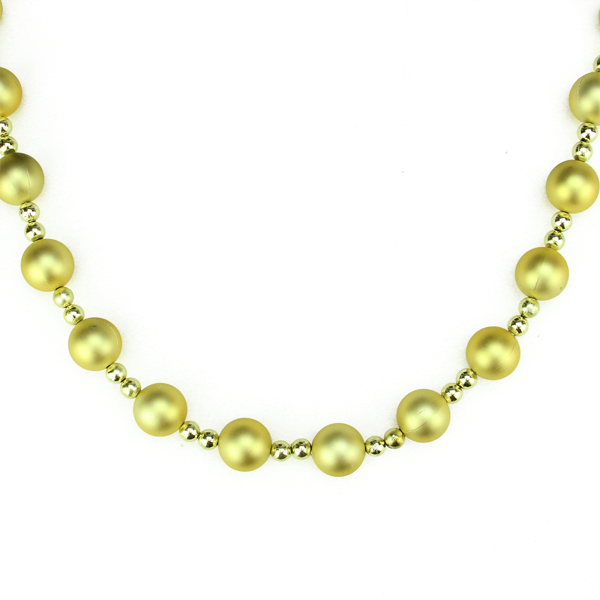 9 decorative shatterproof matte and shiny gold beaded