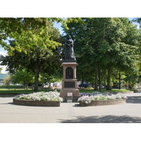 Statue of Queen Victoria in Victoria Square in downtown Christchurch South Island New Zealand Stretched Canvas - Panoramic Images (18 x