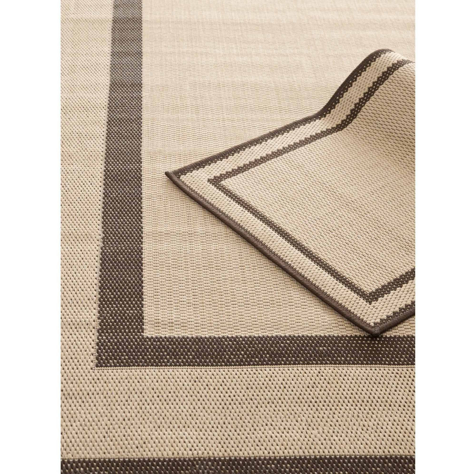 """Safavieh Courtyard Andrea Power-Loomed 6'6"""" x 9'6"""" and 1'8"""" x 2'8"""" Indoor/Outdoor Area Rug, Set of 2, Natural/Chocolate"""