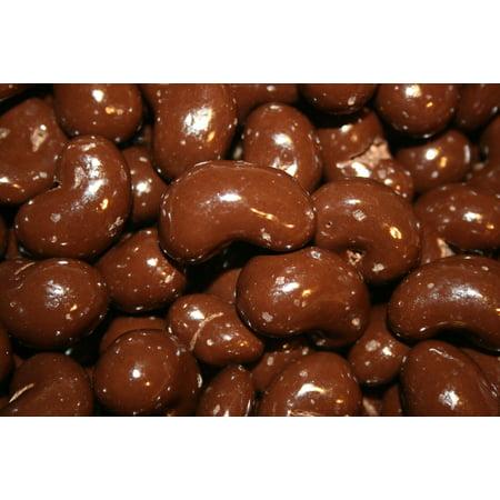 BAYSIDE CANDY DARK CHOCOLATE CASHEWS, 1LB