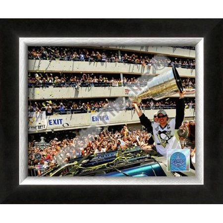 Sidney Crosby 2009 Stanley Cup Champions Victory P... Framed Photographic Print Wall Art ()