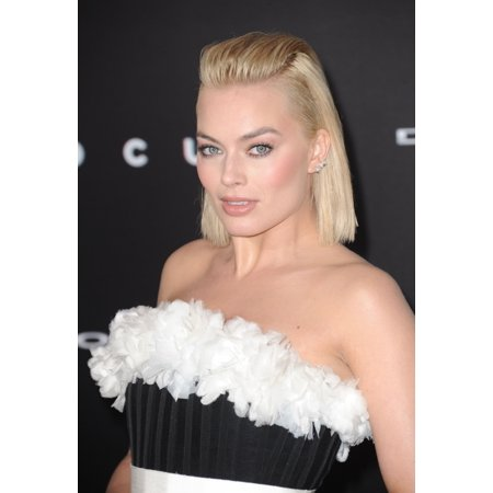 Margot Robbie At Arrivals For Focus Premiere Tcl Chinese 6 Theatres Los Angeles Ca February 24 2015 Photo By Dee Cerconeeverett Collection Photo Print