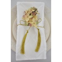 "Wedding Linens Inc. 10 pcs 20""x 20"" Premium Pintuck Taffeta Table Linen Napkins for Party Wedding Reception Catering Dining Home Restaurants - White"
