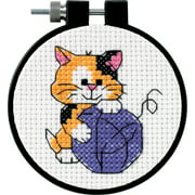 "Dimensions/Learn-A-Craft Counted Cross Stitch Kit 3"" Round Cute Kitty (11 Count)"
