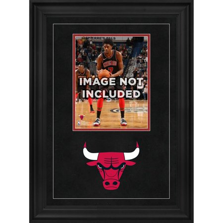"Chicago Bulls Deluxe 8"" x 10"" Vertical Photograph Frame with Team Logo"