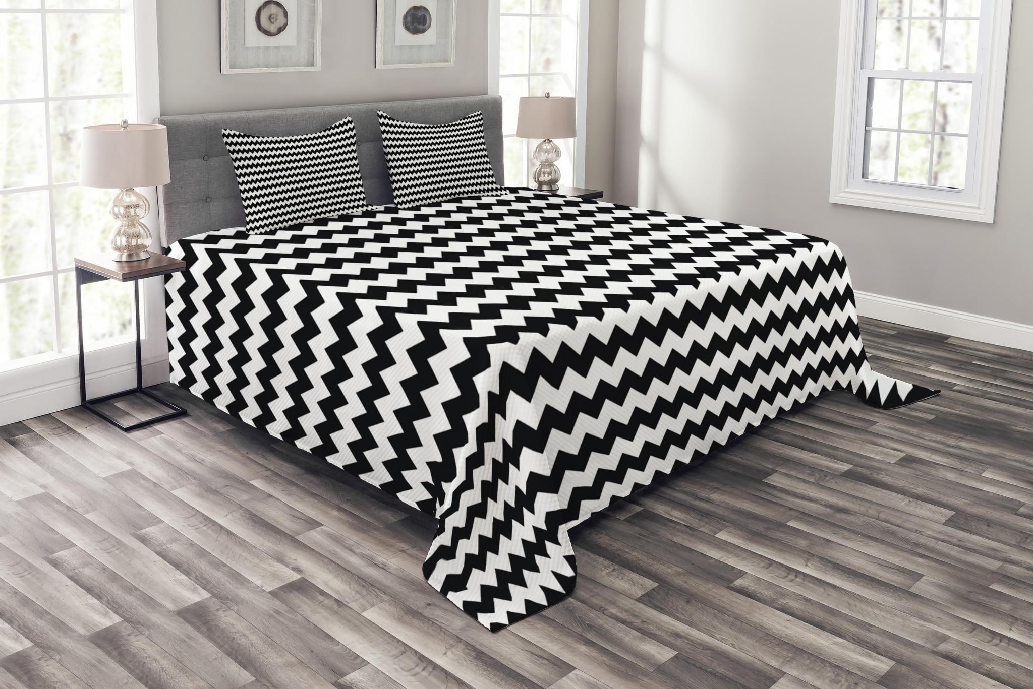 Chevron Bedspread Set Zig Zags In Black And White Sharp