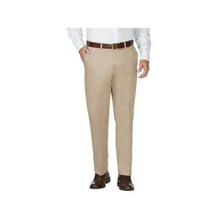Haggar Men's Work To Weekend® Khaki Flat Front Pant Classic Fit 41114957522 Classic Fit Pleated Khaki