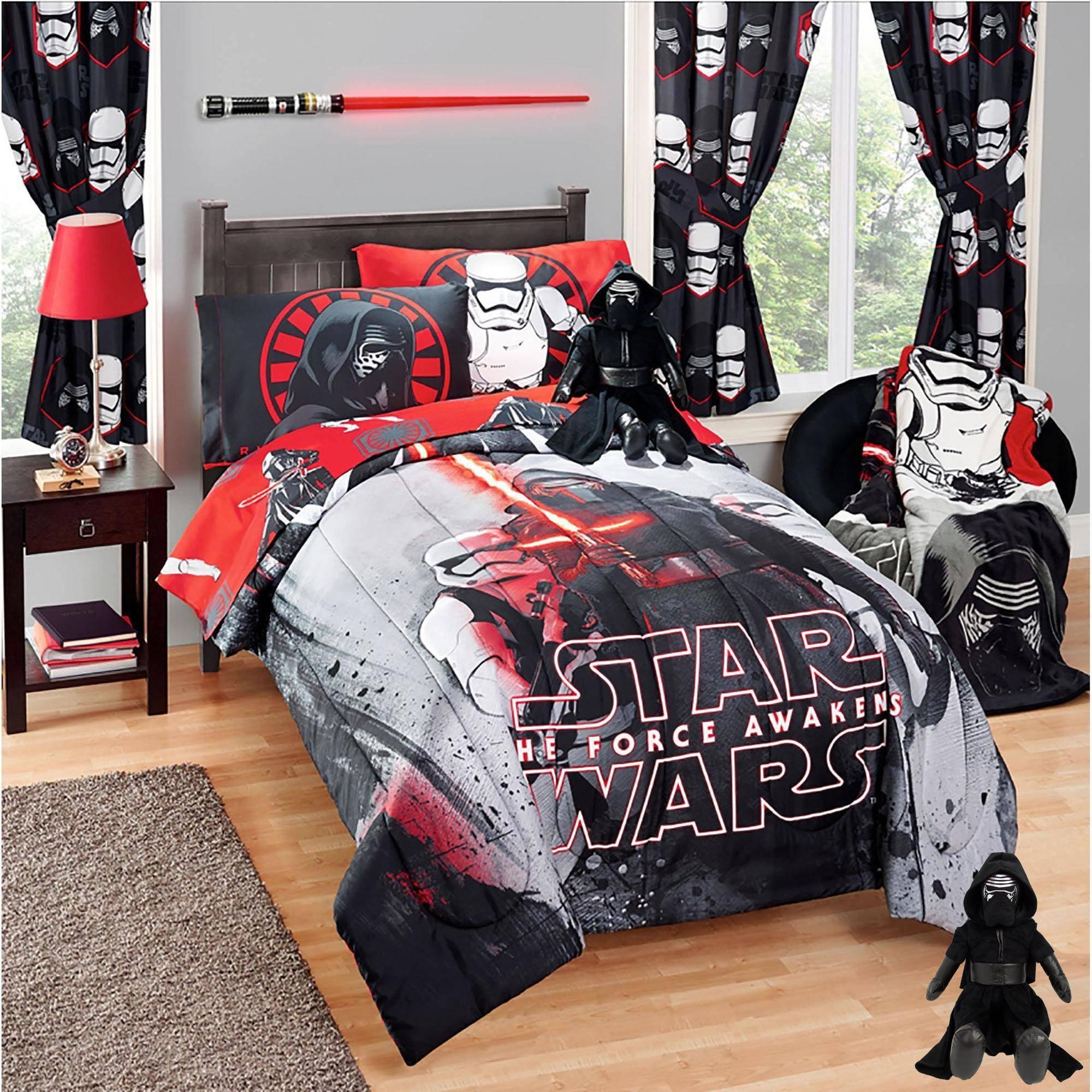Star Wars Episode VII Comforter with BONUS Kylo Ren Pillow Buddy