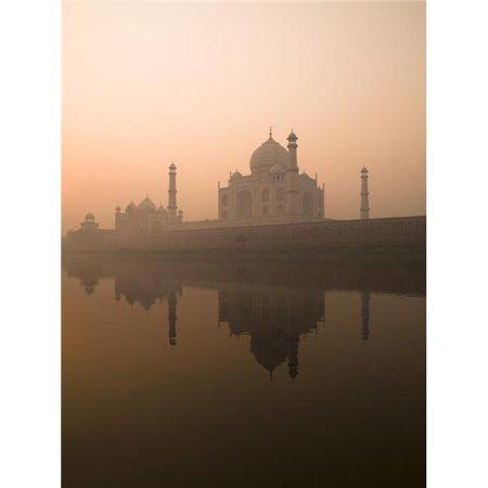 Taj Mahal Agra India Poster Print by Keith Levit, 13 x 18 - image 1 de 1