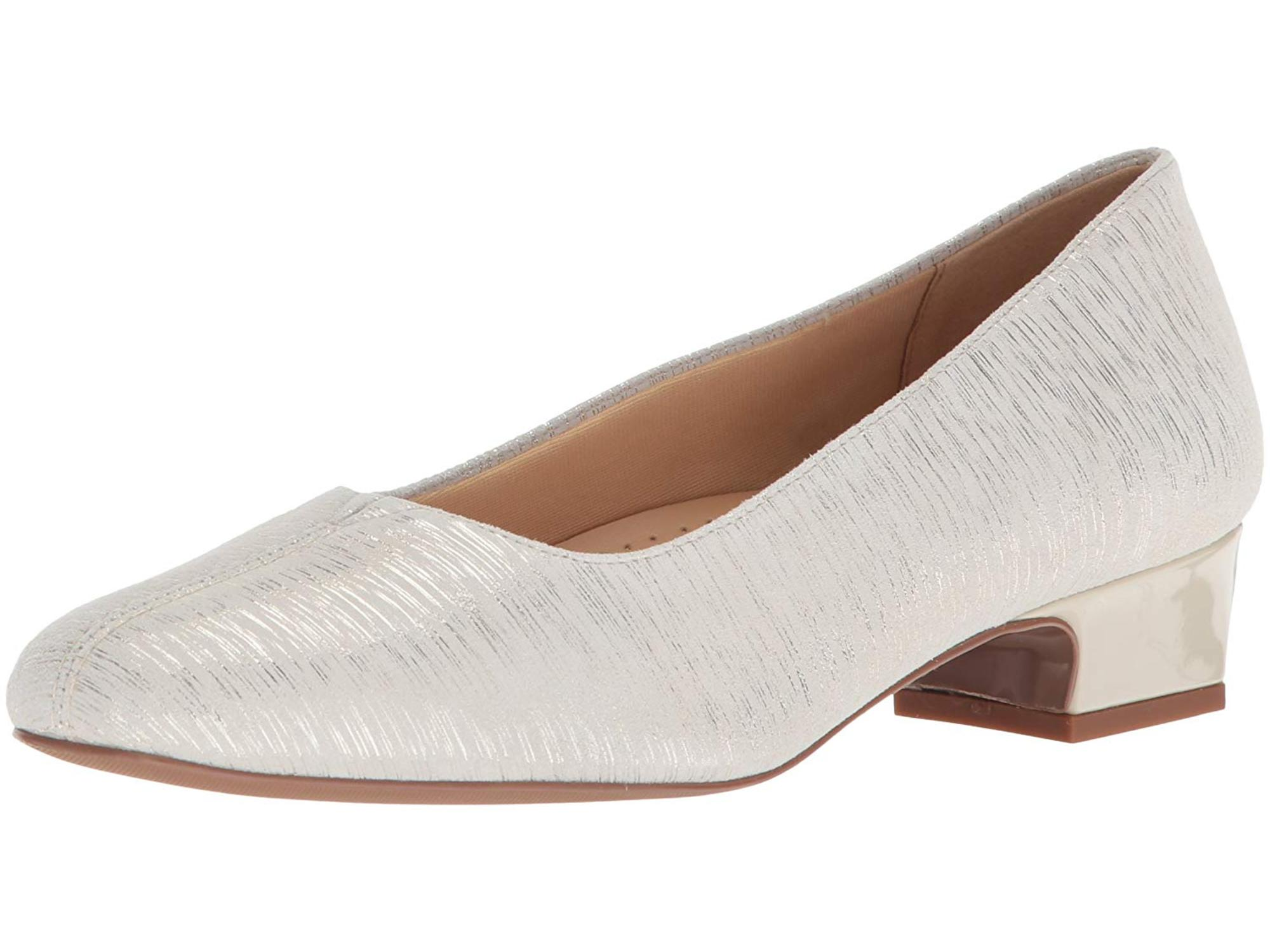 Trotters Women's Doris Pump by Trotters