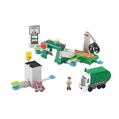 Disney/Pixar Toy Story 3 Action Links Junkyard Escape Stunt Set