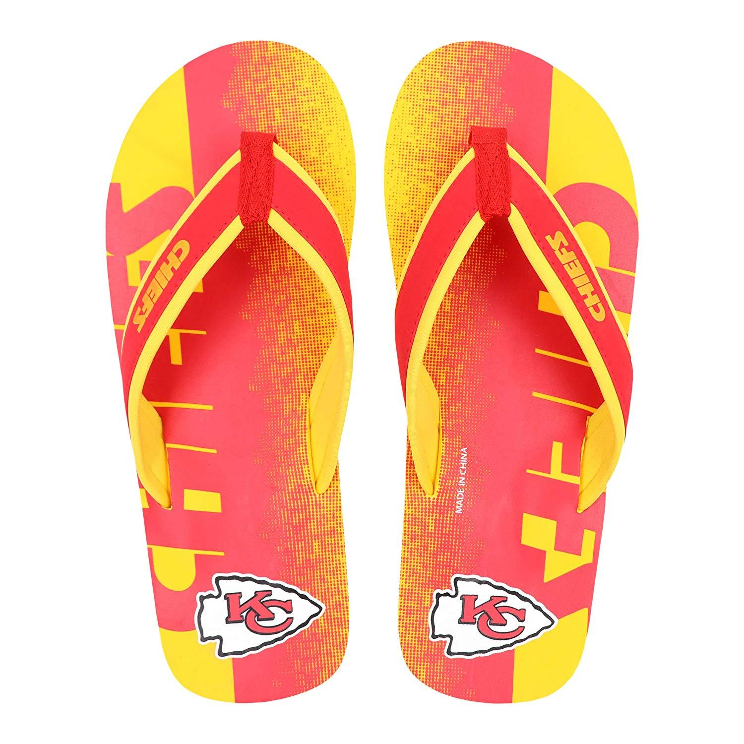 FOCO NFL Men/'s Philadelphia Eagles Contour Fade Wordmark Thong Sandals