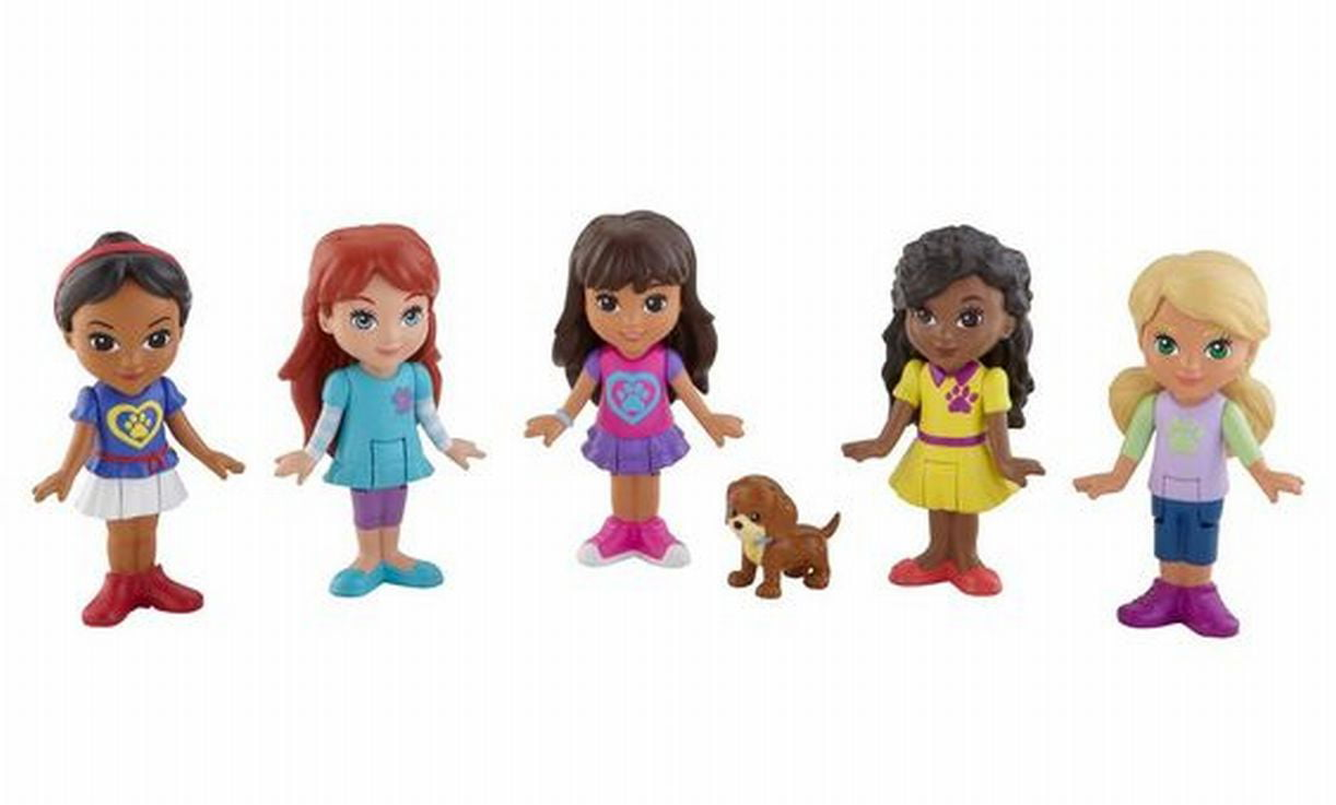 Dora and Friends Doggie Day Adventure With 5 Figures and Puppy Dog by Fisher-Price