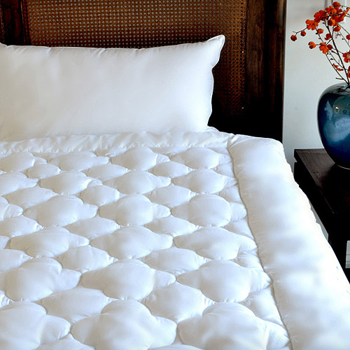 Cozy Classics Clouds Mattress Pad