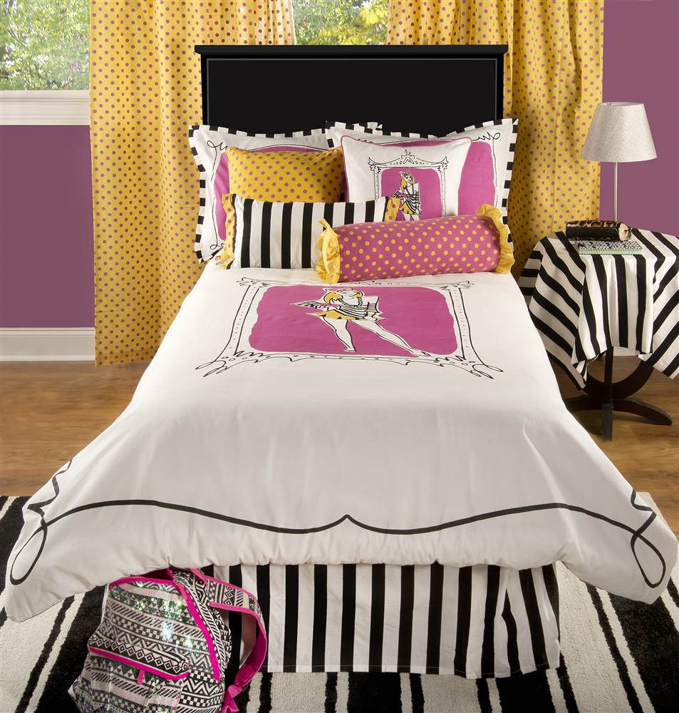 "Rizzy Home Jeala Cotton Teen Bedding Set 68"" X 86"" in Pink Color"