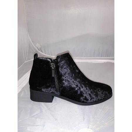 Bamboo Saber Black Velvet Chic Side Zip Low Block Stacked Heel Ankle Booties