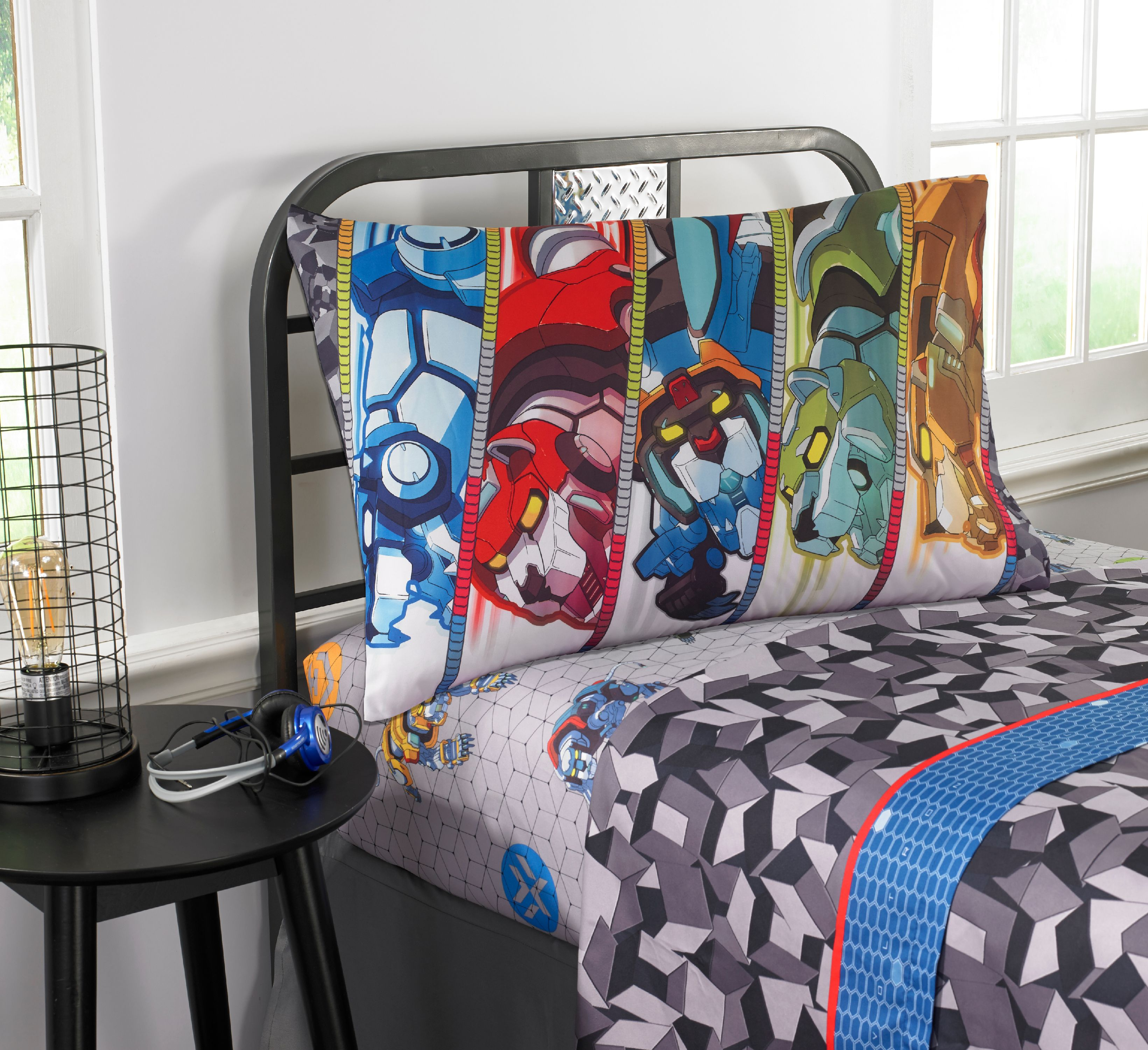 "Voltron ""Form Voltron"" Kids Bedding Sheet Set, Twin"