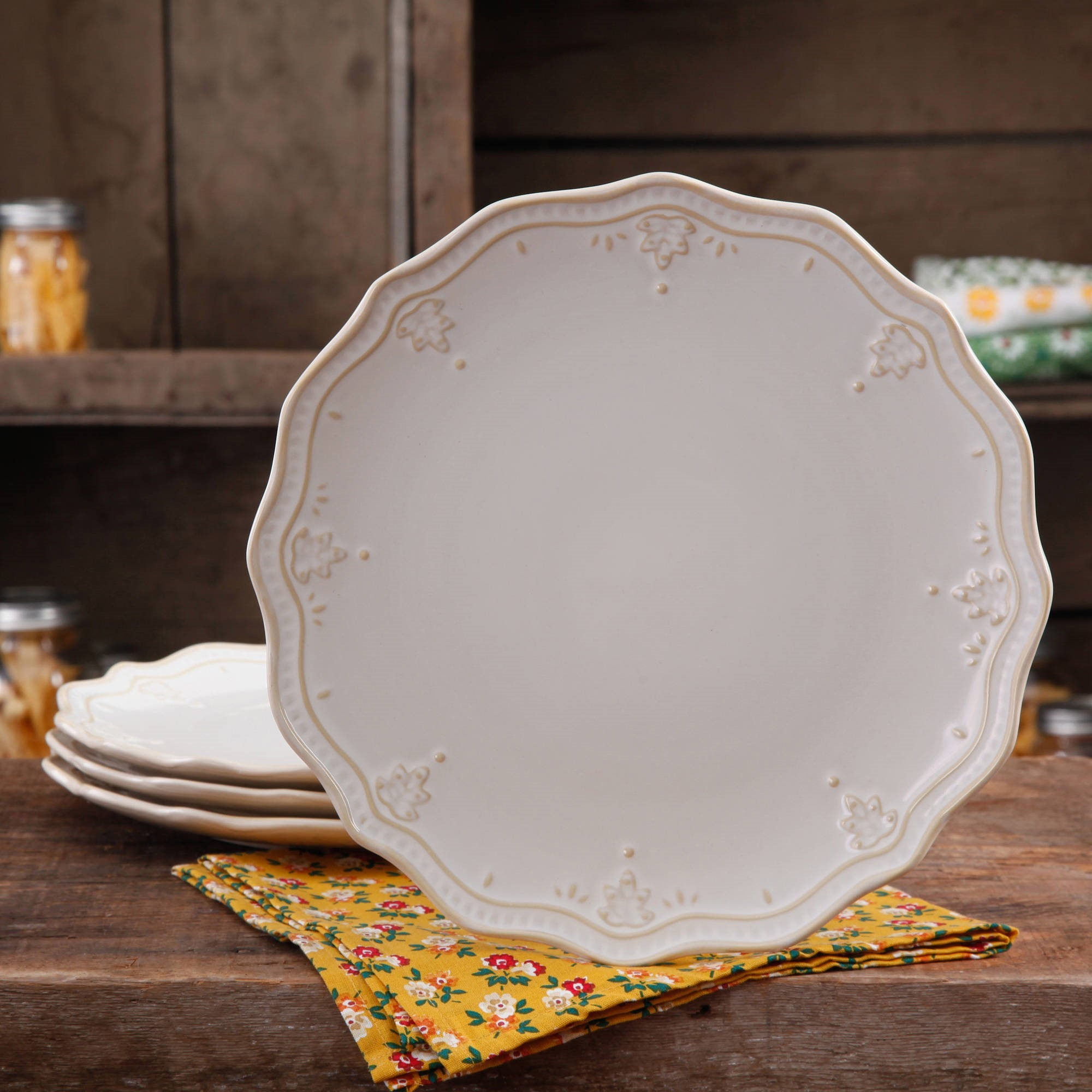 The Pioneer Woman Farmhouse Lace Dinner Plate Set, 4-Pack