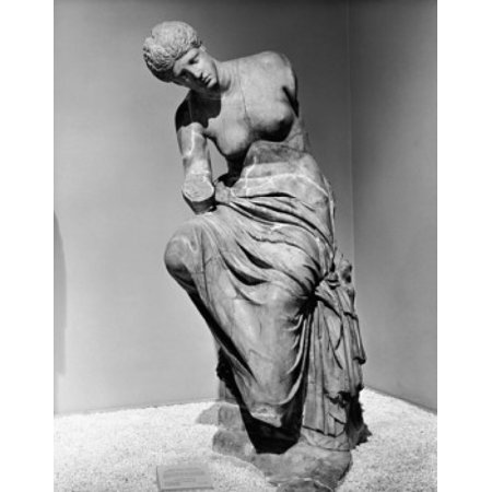 Statue in a museum Seated Muse Metropolitan Museum of Art New York City New York State USA Stretched Canvas -  (24 x 36)](City Of Seatac)