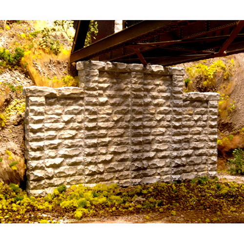 Chooch Enterprises 8400 HO Cut Stone Stepped Wall Abutment