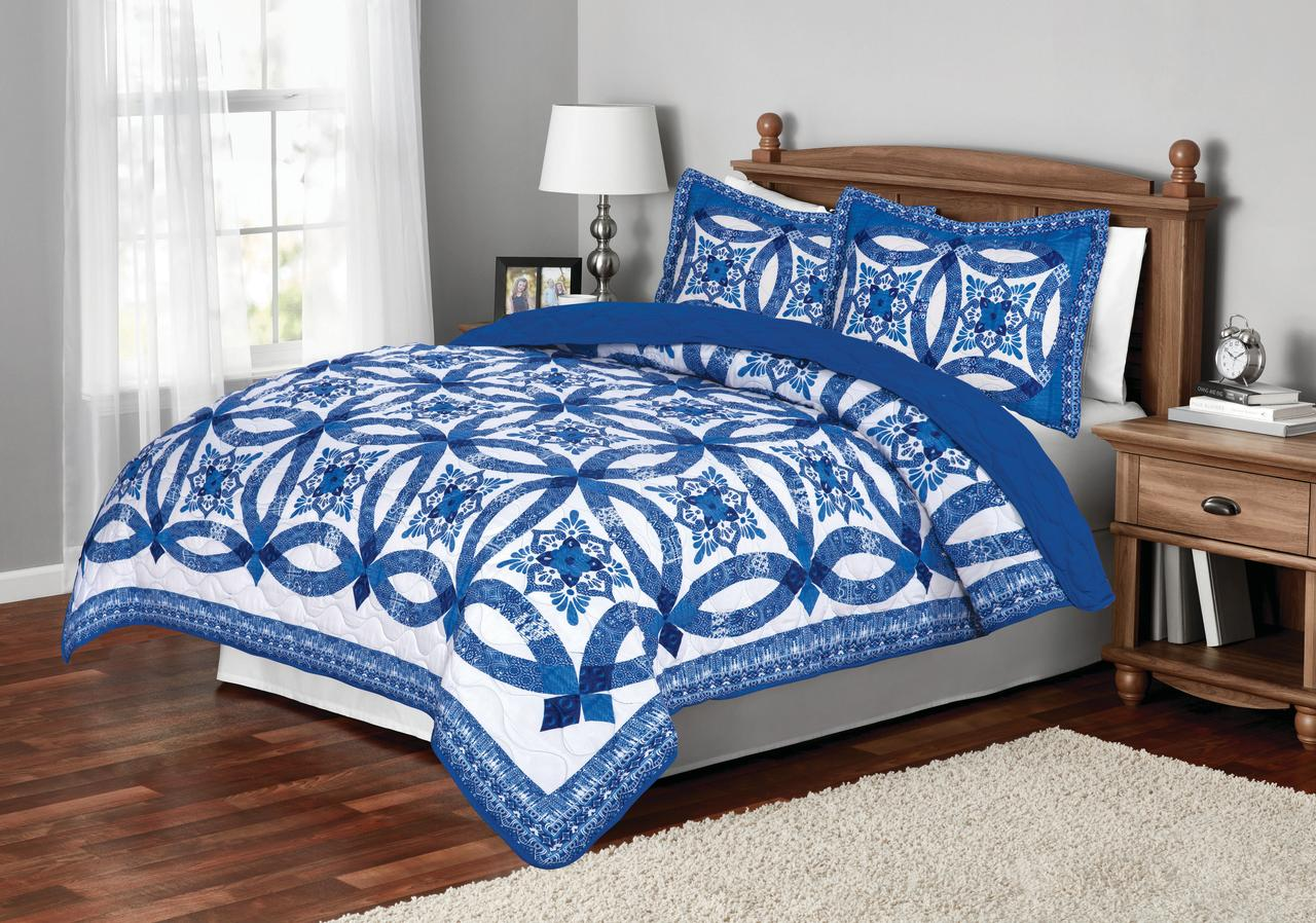 Mainstays Traditional Wedding Ring Patterned Quilt, Full/Queen, Blue