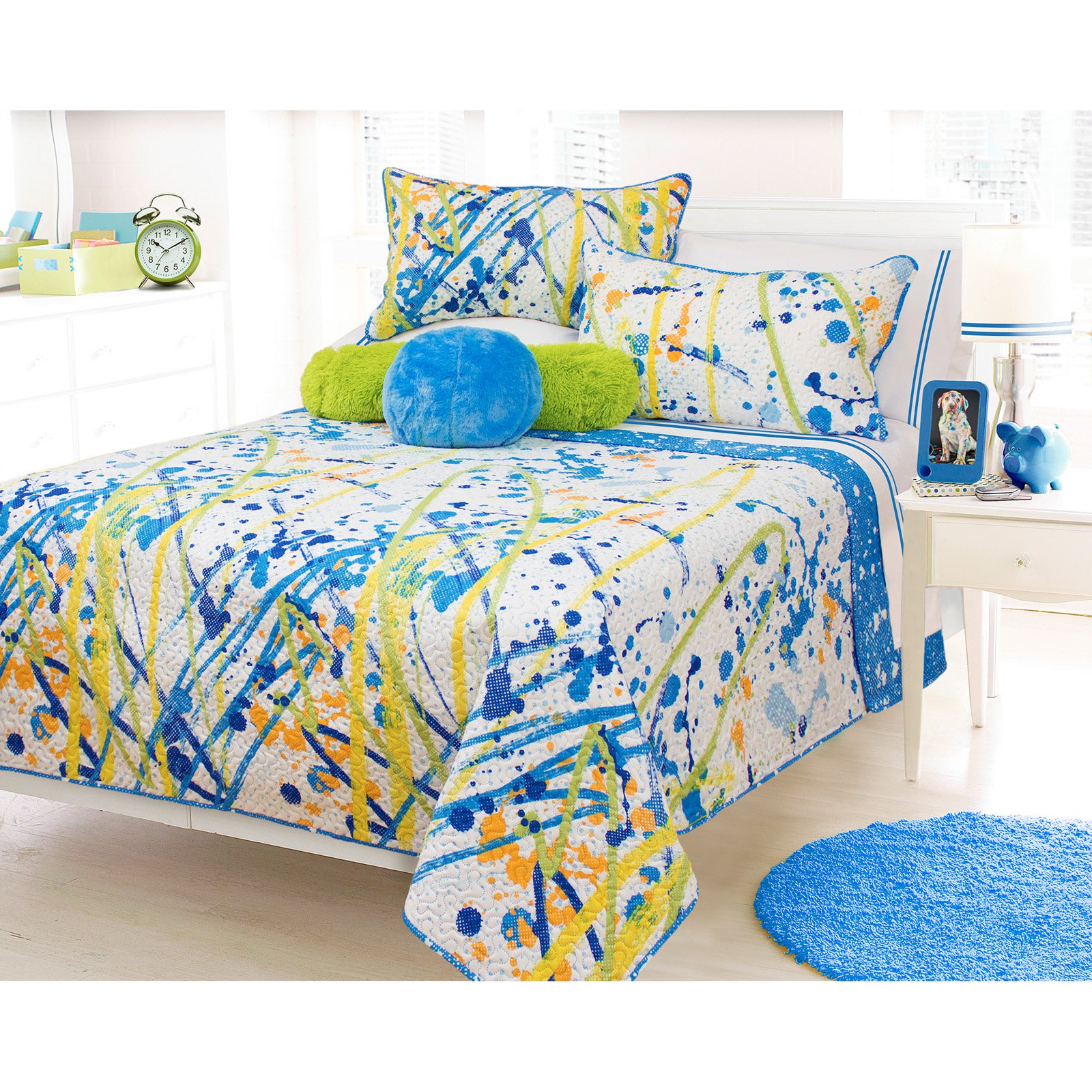 Splash Quilt Set by Safdie and Co