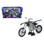 2015 Yamaha YZ450F 1 6 Motorcycle Model by New Ray by New Ray