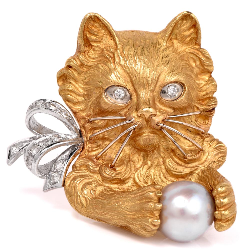 Estate Cat Diamond 18K Yellow Gold Brooch Pin by