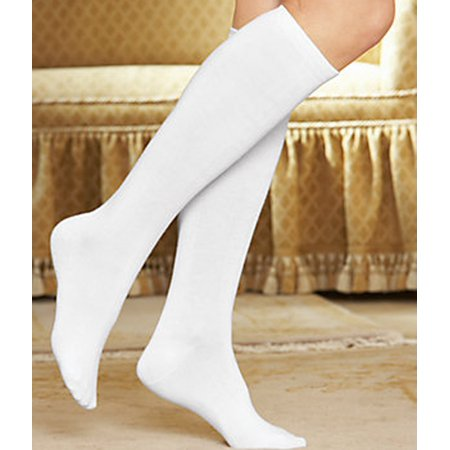 3-Pack Buster Brown 3 Pair Women's Buster Brown Cotton Knee High Sock - Pack of 3 Pairs (White Knee High Socks With Red Bows)