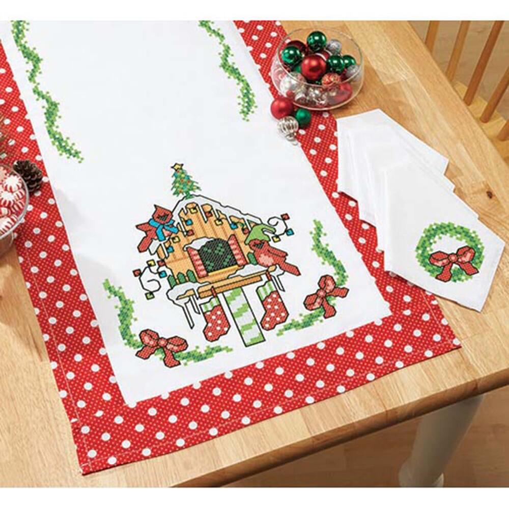 Stamped Fabric To Cross Stitch Herrschners Gardening Table Runner /& 3 Napkins
