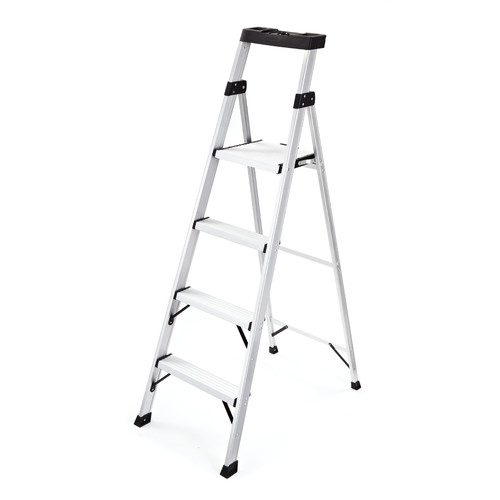 Rubbermaid 5 71 Ft Aluminum Step Ladder With 250 Lb Load