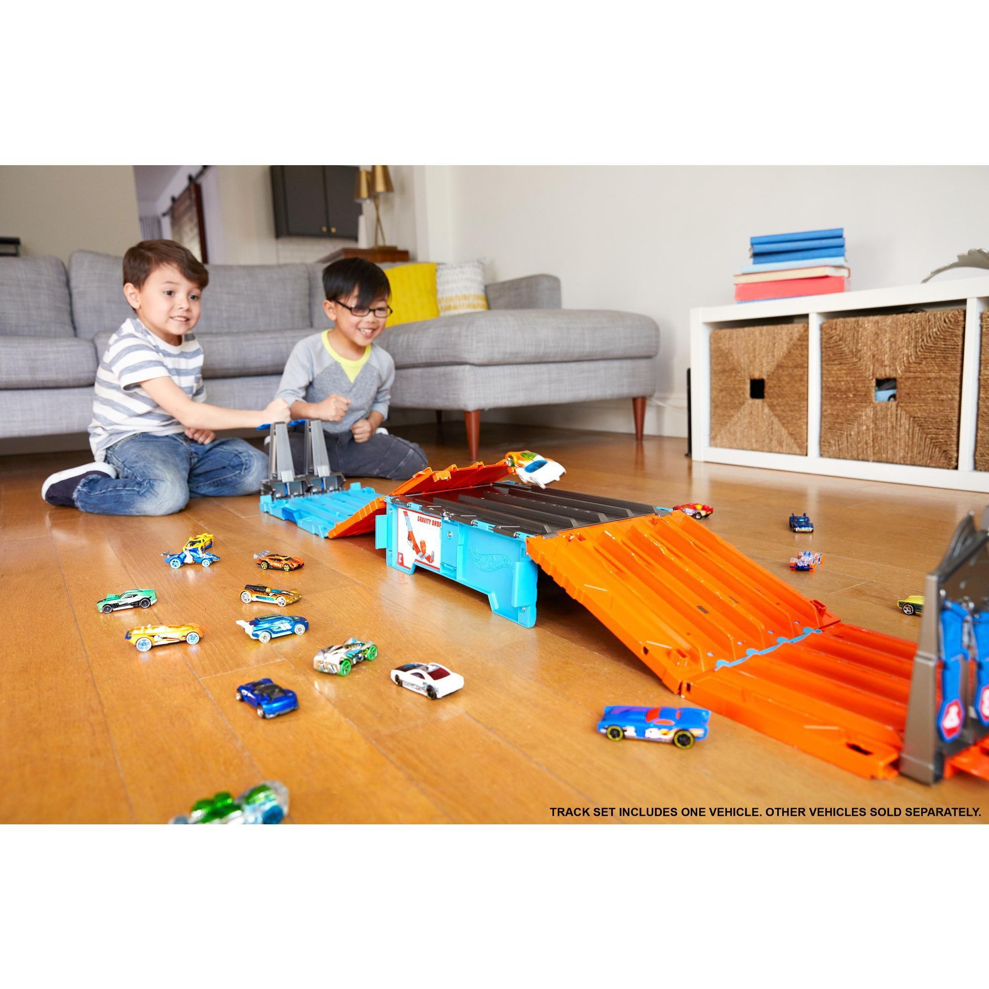 HOT WHEELS TRACK Builder System Race Crate Stunt Set Kids Racetracks Playset