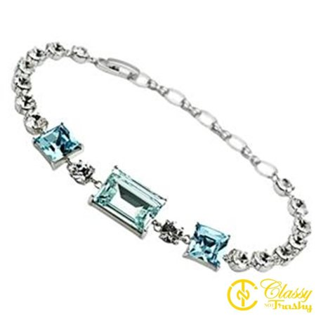 Classy Not Trashy® 7 Inch Chain Link Bracelet with Triple Square Aquamarine Crystals